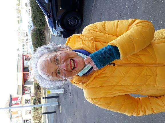Smile No. 216 - Eileen From Davidsons Mains, Edinburgh